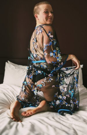 Chanda independant adult dating in Haslingden, UK