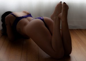 Naomie greek escorts in Penzance