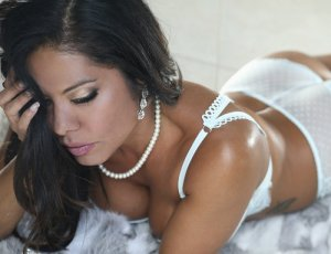 Yanka topless escorts Florida City, FL
